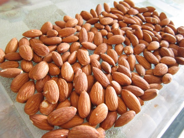 Almonds roasted at 160C for 15min